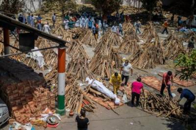 بھارت کو کورونا کی تیسری لہر کاکتوبر تک سامنا کرنا پڑسکتا ہے، ماہرین