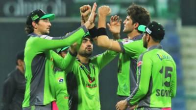 کراچی کنگزنے کوئٹہ گلیڈی ایٹرز کو شکست دے کر لاہور قلندزرکو واپسی کا راستہ دکھا دیا، قلندرز لیگ سے باہر