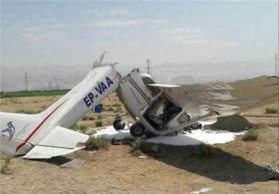 ایران کا تربیتی طیارہ گر کر تباہ، 2 افراد ہلاک
