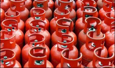 ایل پی جی کی نئی قیمت 6 روپے اضافے کے بعد 155 روپے فی کلو