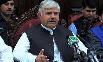 کورونا صورتحال میں طبی عملے کا کردار قابل تحسین ہے : محمود خان