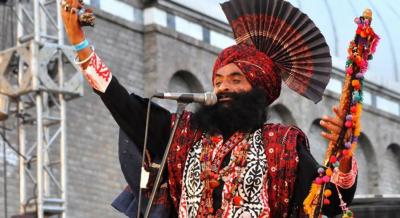 صوفی گلوکار الن فقیر کو مداحوں سے بچھڑے 21 برس بیت گئے