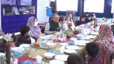 صدر مملکت ڈاکٹر عارف علوی کا عیدالاضحی کے موقع پر یتیم خانہ ''دارالحساس'' کا دورہ