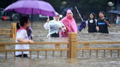 چین: طوفانی بارشیں، ڈیم تباہ، نشیبی علاقے زیر آب ،درجنوں افراد ہلاک