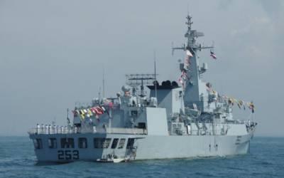پاک بحریہ کا جہاز پی این ایس ذوالفقار آج روس کی نیوی ڈے پریڈ میں شرکت کرے گا