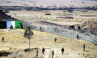 پاک فوج نے 46افغان فوجیوں کو پناہ، محفوظ راستہ دے دیا:آئی ایس پی آر