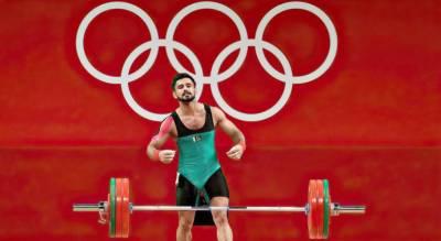 ٹوکیو اولمپکس: پاکستانی ویٹ لفٹر طلحہ نے شاندار مقابلہ کرکے پاکستانیوں کے دل جیت لئے
