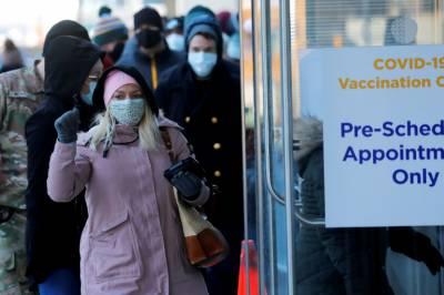 امریکی حکام کی کورونا ویکسین لگوانے والوں کو بھی ماسک پہننے کی ہدایت