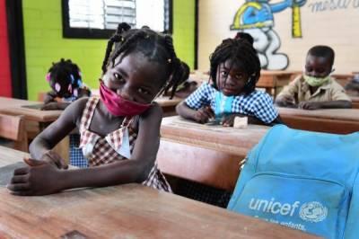 یونیسیف کی دنیا بھر سے جلد از جلد سکول کھولنے کی اپیل