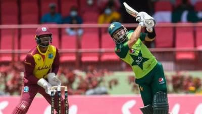 دوسرا ٹی 20: پاکستان کا ویسٹ انڈیز کو 158 رنز کا ہدف