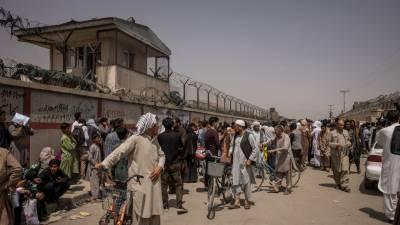 کابل ایئر پورٹ کے باہر فائرنگ کا تبادلہ، ایک شخص ہلاک