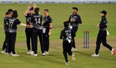 نیوزی لینڈ کرکٹ ٹیم پاکستان پہنچ گئی
