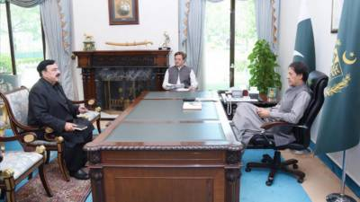 وزیر اعظم عمران خان سے وزیر داخلہ شیخ رشید احمد کی ملاقات