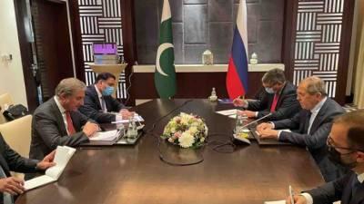 وزیرخارجہ کی روسی ہم منصب سے ملاقات، علاقائی صورتحال پر تبادلہ خیال