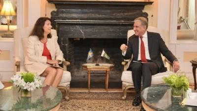وزیر خارجہ مخدوم شاہ محمود قریشی کی نیویارک میں سویڈن ہم منصب اینا لنڈے سے ملاقات