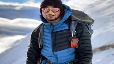 پاکستان کےکوہ پیما شہروزکاشف نےنیپال کی 8163 میٹر بلند چوٹی مناسلو کوسرکرلیا