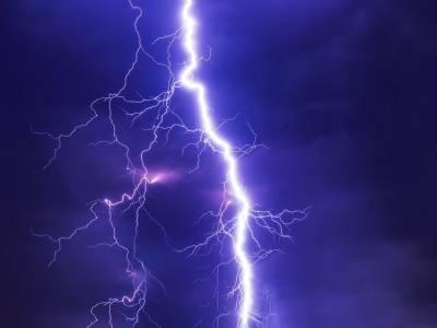 تھر : آسمانی بجلی گرنے سے 5 افراد ہلاک