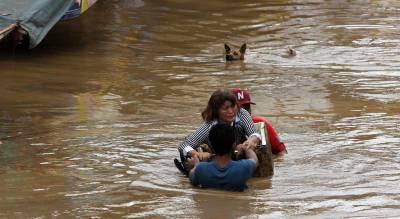 فلپائن کے ساحل سے سمندری طوفان ٹکرا گیا، 9 افراد ہلاک، 11 زخمی