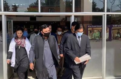 وزیر داخلہ کا ہولی فیملی ہسپتال راولپنڈی کا دورہ ،ڈینگی وارڈ کا معائنہ