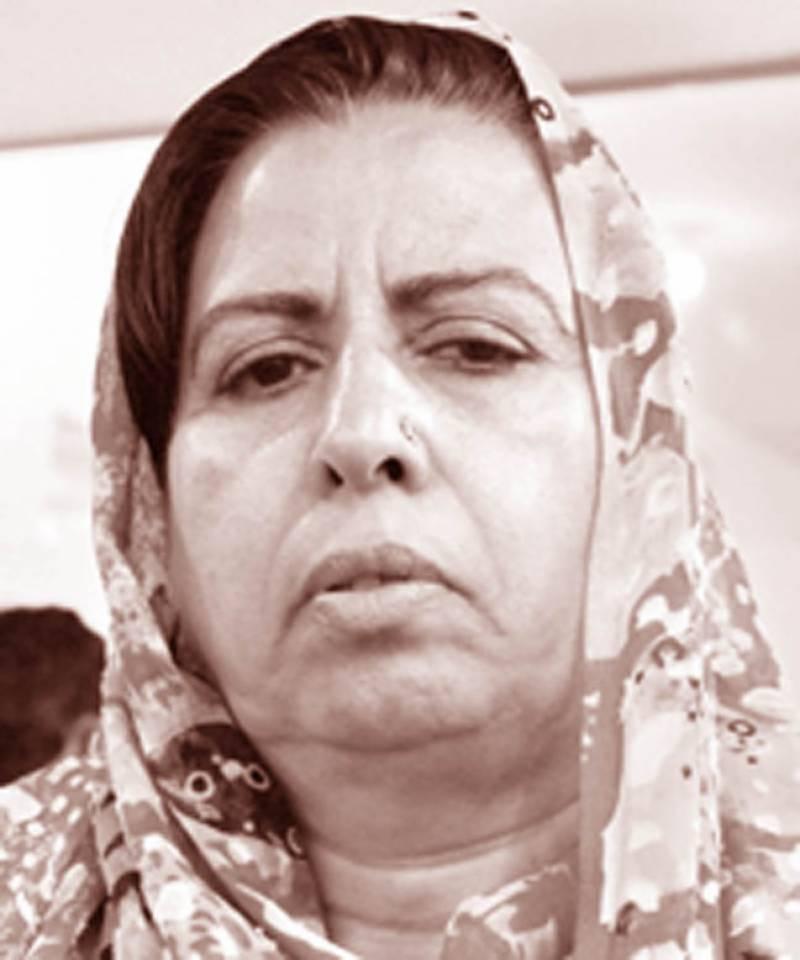 بھتہ خوروں نے کراچی چھوڑنے پر بھی پیچھا نہیں چھوڑا، گرفتار کئے جائیں: رفعیہ بٹ