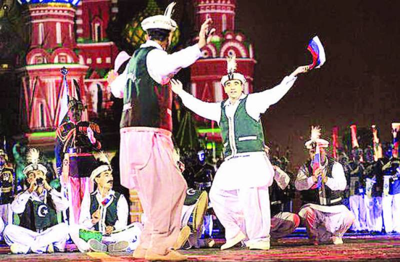 ماسکو میں بین الاقوامی فوجی میوزک فیسٹیول' پاکستانی بینڈ نے میلہ لوٹ لیا