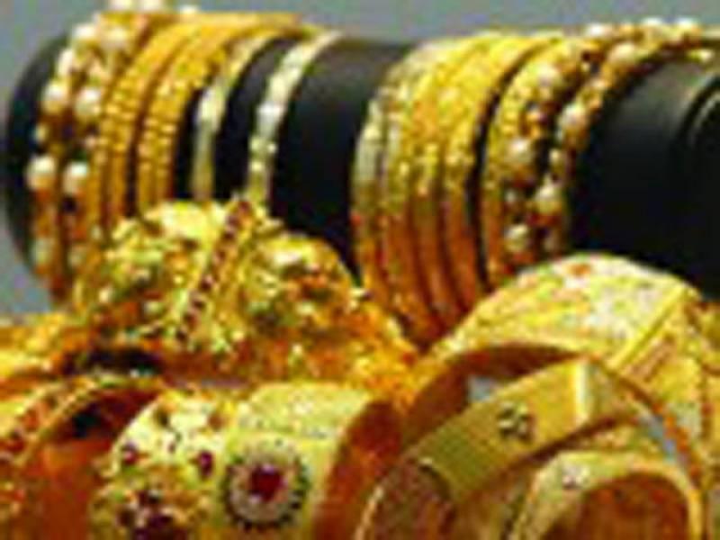 سونے کی فی تولہ قیمت 200 روپے بڑھ گئی