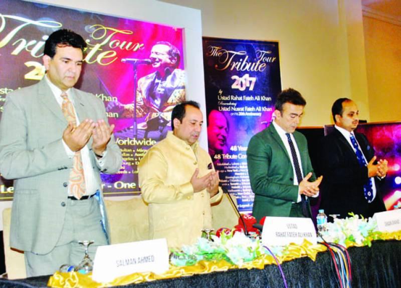 نصرت فتح علی کو خراج عقیدت پیش کرنے کیلئے دنیا بھر میں کنسرٹس کرینگے: راحت فتح علی خان