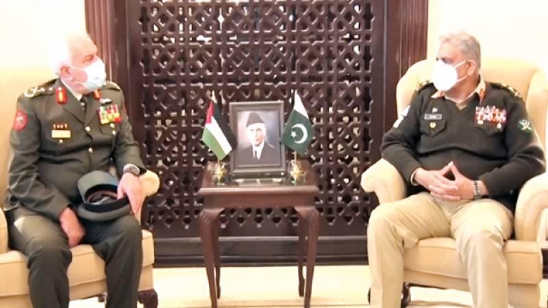 اردن کے ساتھ دفاعی شعبوں میں تعاون بڑھانا چاہتے ہیں: آرمی چیف