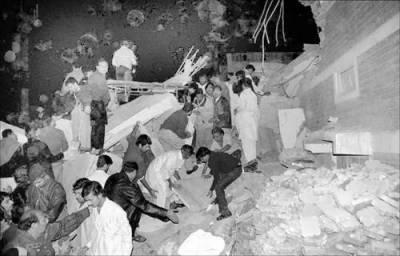 سکھر: عمارت گرنے سے جاں بحق ہونے والوں کی تعداد 7 ہو گئی' بلڈر کی گرفتاری کیلئے چھاپے