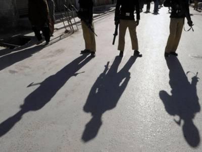 لاہور: مبینہ پولیس مقابلے میں تین ڈاکو ہلاک / پولیس اہلکاروں کو خراش تک نہیں آئی