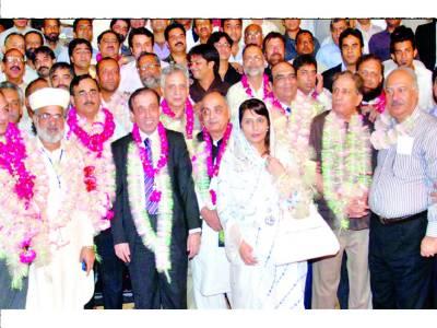 پیاف فاﺅنڈرز کا لاہور چیمبر کارپوریٹ کلاس کی 7 نشستوں پر کلین سویپ