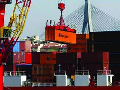 پورٹ قاسم پر ایک لاکھ ٹن سے زائد سامان کی نقل وحمل
