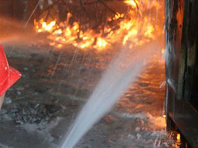 سانحہ بلدیہ: فائر بریگیڈ آگ لگنے کے ایک گھنٹہ بعد پہنچی' فیکٹری مالکان