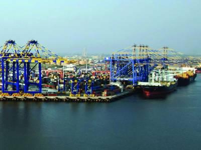 کراچی بندرگاہ پر ایک لاکھ ٹن سے زائد سامان کی نقل وحمل