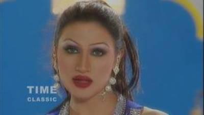 محرم کا پورا مہینہ شوبز سرگرمیاں بند رہنی چاہئیں : صائمہ خان