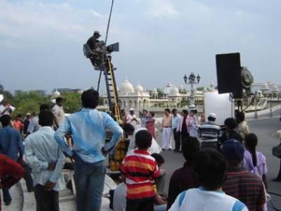 بھارت : فلم کی شوٹنگ کے دوران شیڈ میں آتشزدگی، 5 افراد ہلاک، متعدد زخمی