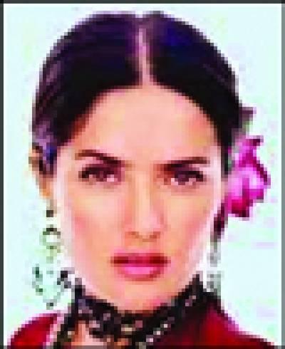 اداکارہ سلمی ہائیک نے فلم انٹرنیشنل ایوارڈ جیت لیا