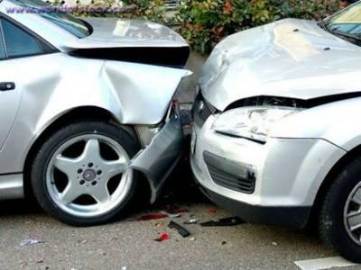ٹریفک حادثات میں ایک شہری جاں بحق' 5 شدید زخمی