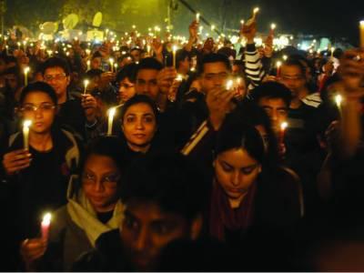 2012ئ: بھارت خواتین کیلئے خطرناک ملک، نئی دہلی جنسی زیادتی کا دارالحکومت قرار