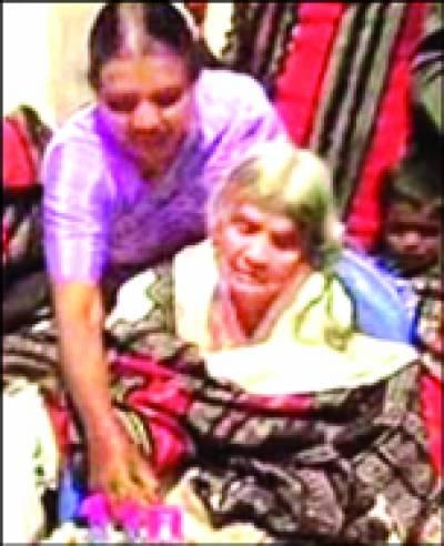 بھارت میں 110 سالہ خاتون کی سالگرہ 200 پوتے، پوتیاں، پڑپوتے شریک ہوئے