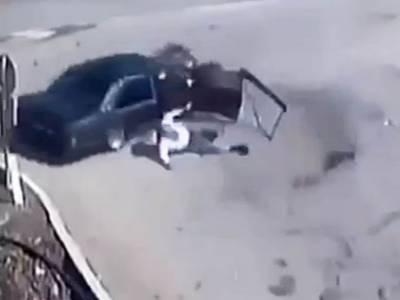 سبزہ زار: تیز رفتار کار نے 2 بچوں کے باپ کو کچل کر ہلاک کر دیا