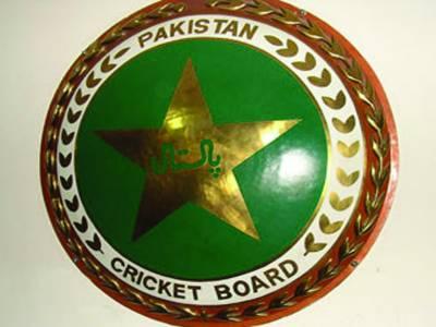 پاکستان کرکٹ بورڈ کا دورہ برطانیہ میں کھلاڑیوں پر کڑی نظر رکھنے کا فیصلہ