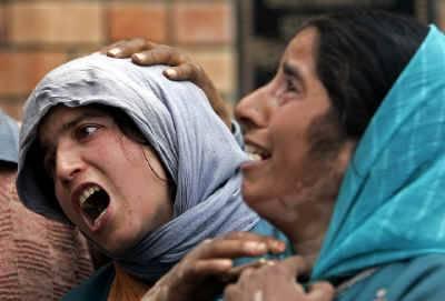 """""""2دہائیوں میں 14ہزار شہری مارے گئے"""" بھارت کا مقبوضہ کشمیر میں قتل عام کا اعتراف"""