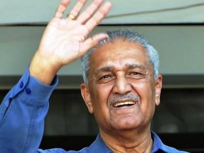 اتحادیوں نے 5 برسوں میں لوٹ مار کے سوا کچھ نہیں کیا:ڈاکٹر قدیر