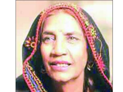 والدہ کو ہسپتال سے ڈسچارج نہیں کیا گیا پرستار صحت یابی کےلئے دعا کریں : گلوکار سانول