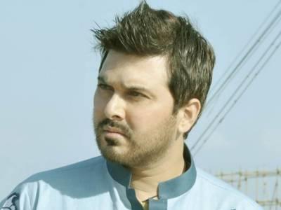 کراچی، نامعلوم افراد نے گلوکار علی حیدر کے والد سے 10 لاکھ روپے بھتہ مانگ لیا