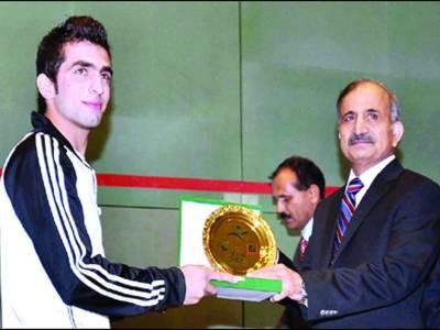 پاکستان کے عامر اطلس نے 14 سال بعد ایشین سکواش چیمپئن شپ جیت لی