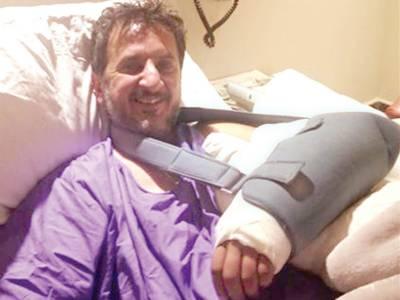 جمال لغاری کے بائیں بازو پر گولی لگی، واقعہ کا خودکشی سے کوئی تعلق نہیں: معالج