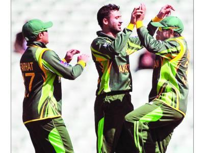 چیمپئنز ٹرافی وارم اپ میچ: پاکستان نے جنوبی افریقہ کو ہرا کر خطرے کی گھنٹی بجا دی