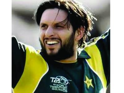 شاہد آفریدی کی قیادت میںدبئی لائنز نے شارجہ سکسز کرکٹ ٹورنامنٹ جیت لیا